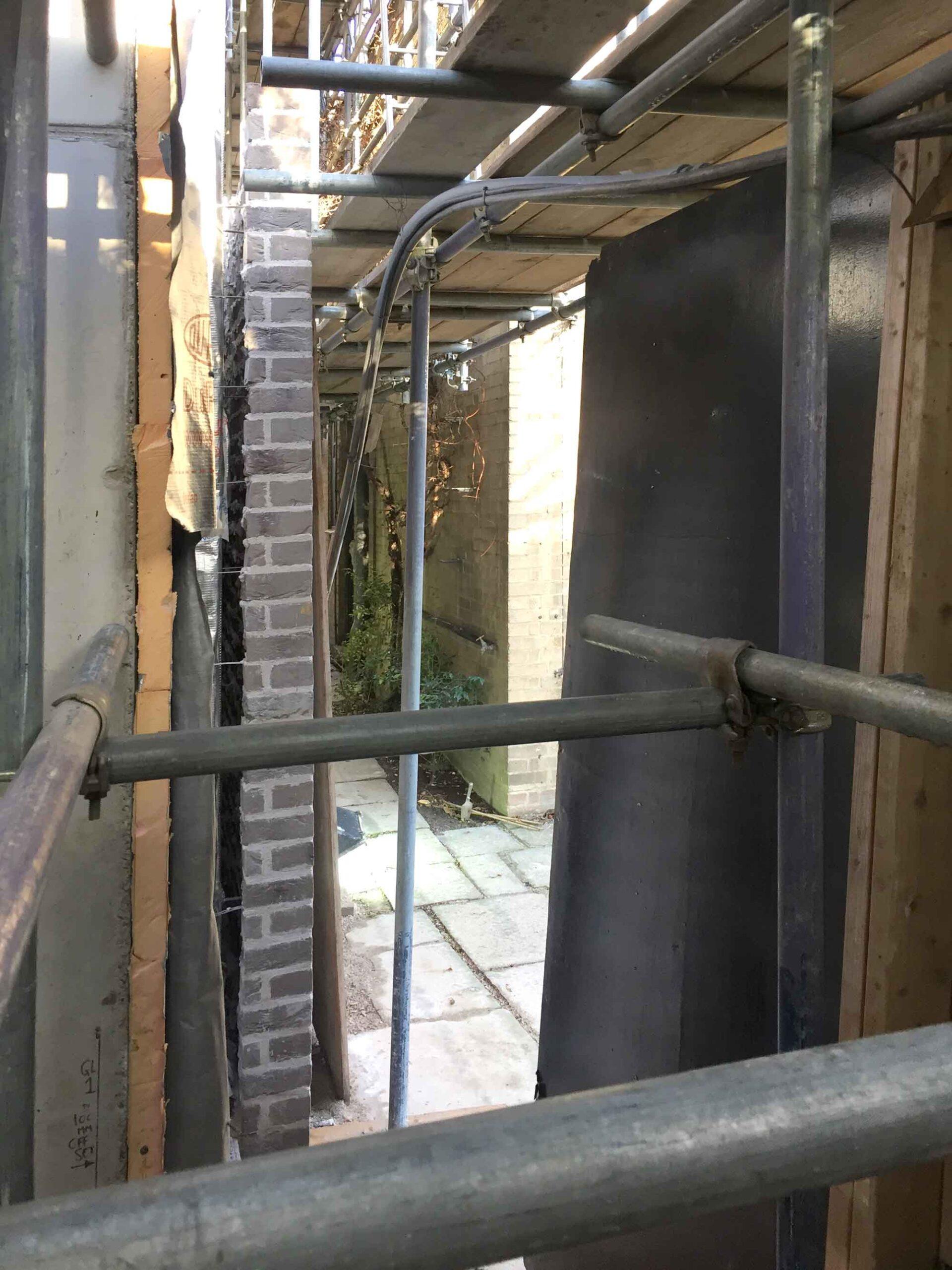 kensington-house-openstudio-architects-brick-wall